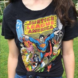 Tops - Justice league shirt!